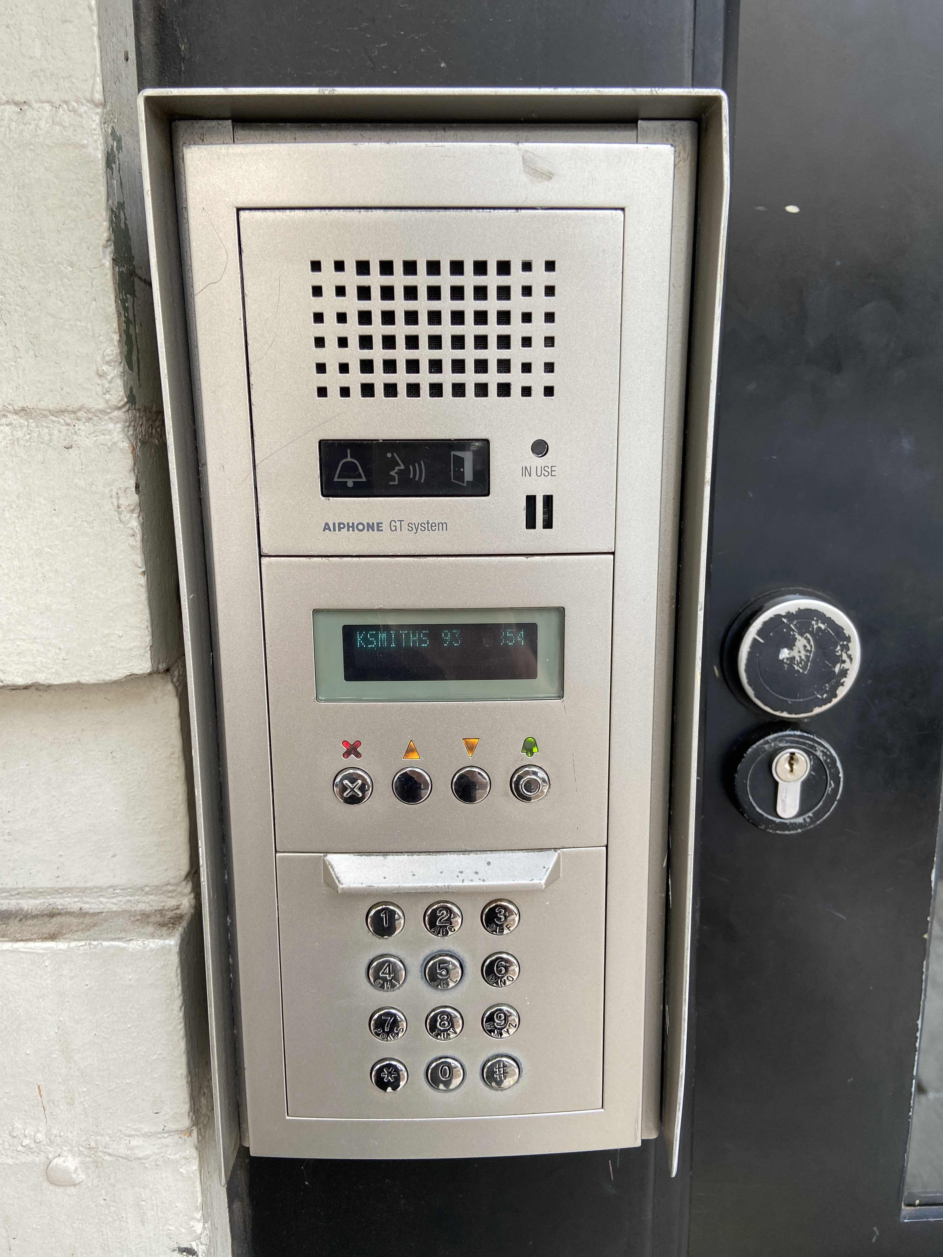 Supply & install lock at Rushcutters Bay By One & Only Locksmiths via i4Tradies